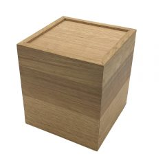 upturned oak box riser 180x180x200