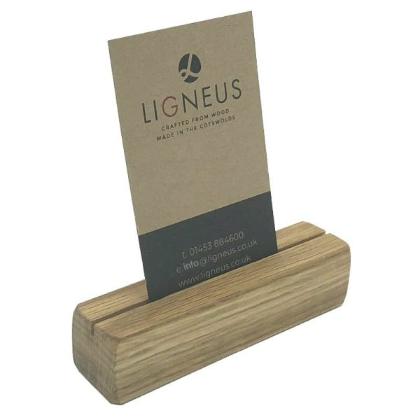 oak ticket holder with vertical slot 100x25x25 with card