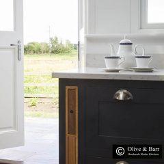 Oak chopping board and tray unit 68x411x688 in situ O&B